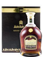Brandy Ararat Nairi 20 anos