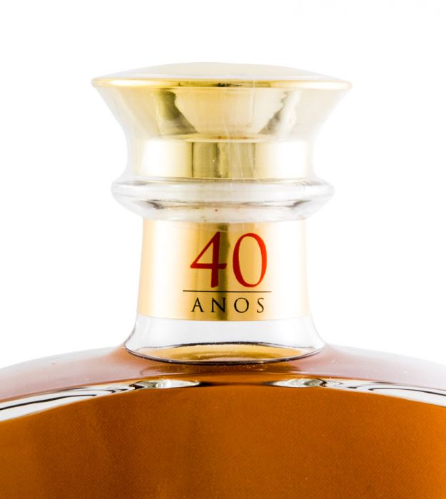 Aguardente Vínica Aliança XO 40 anos 50cl