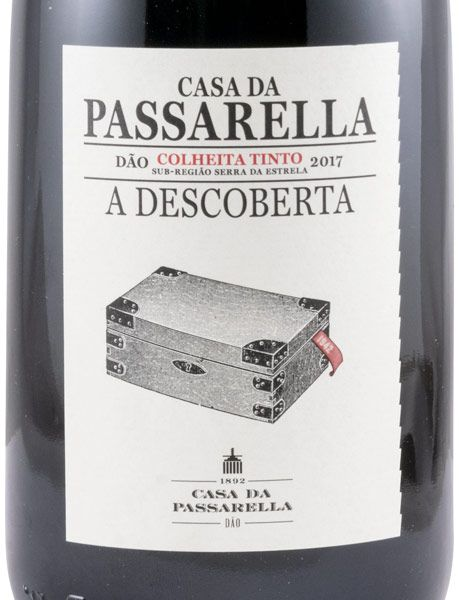 2017 Casa da Passarella A Descoberta red
