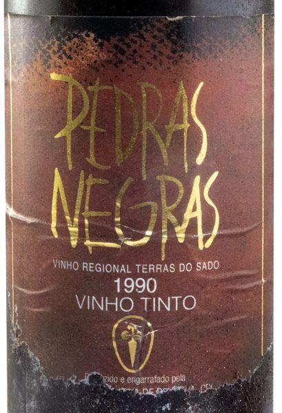 1990 Pedras Negras red