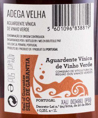 Aguardente Vínica Adega Velha 30 anos 50cl